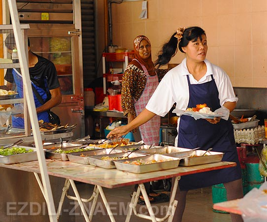 Пенанг. Уличная кафешка в Джорджтауне. Малайзия
