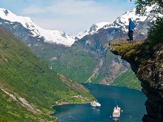 Красота Гейрангер фьорда в Норвегии