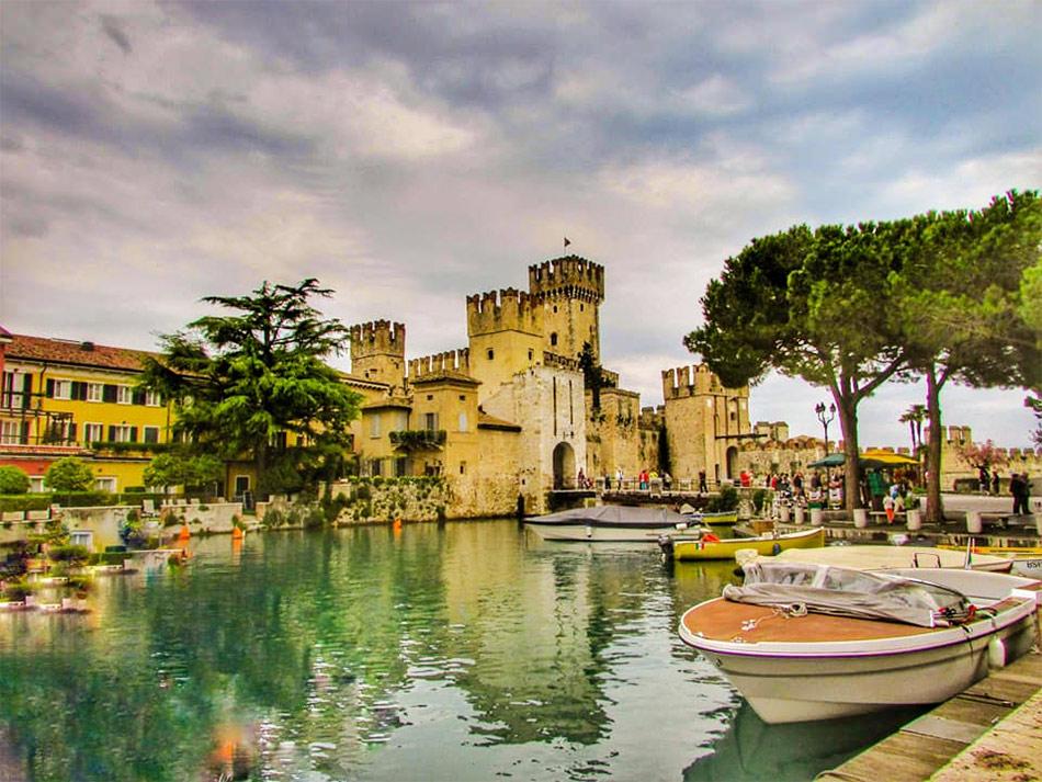 Сирмионе в Италии